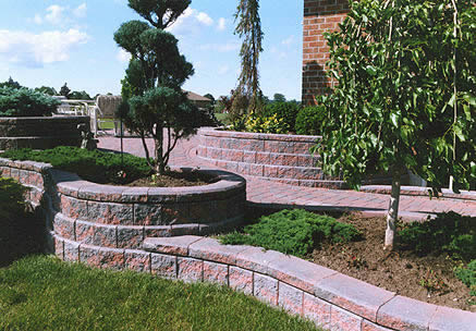 Allan Block   Junior Use CCI AB Junior To Create Beautiful Garden Walls  Which Create Separation Between Private And Public Spaces Outside.