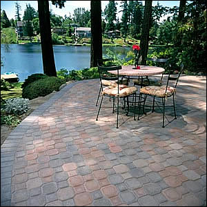 Incroyable Uni Decor Combines The Classic Shapes Of A Square And An Octagon Into One  Unique, Versatile Paver. Uni Decor Pavers Combine A Beveled Edge And An ...