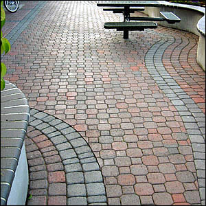 Uni Decor Pavers bricks n blocks - your landscape supply store on the north shore